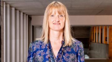 Catherine Eunice De Vries