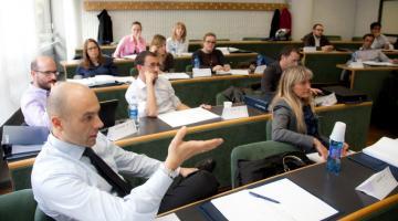 Nasce EMBAWE, l'Executive MBA che si fa nel weekend