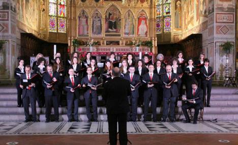 Merry Christmas in Chorus