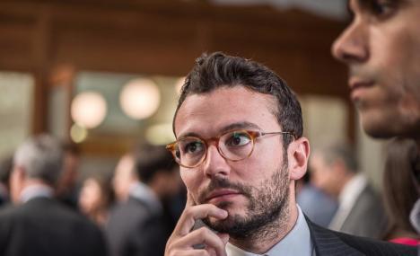 Alessio guarda all'impatto del virus sull'economia dell'Europa
