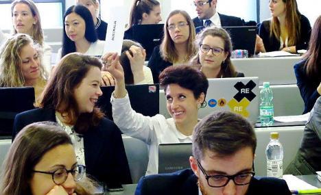 Simulare le Nazioni Unite per trovare risoluzioni e soft skill