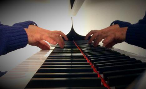 Metti un violino e un pianoforte in Bocconi