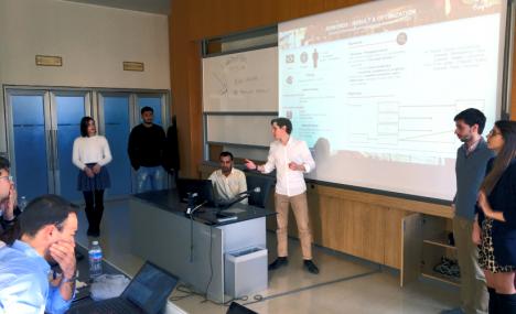 Soldi veri in aula per studiare l'impatto delle campagne di comunicazione sul web