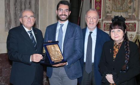 Antonio Aloisi premiato a Palazzo Marino come giovane talento