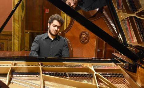 In Bocconi una serata da solista per Christian De Luca
