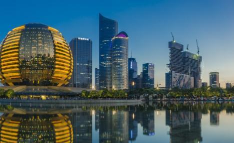 Hangzhou, dove il futuro convive con la tradizione