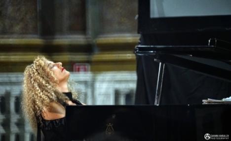 In Bocconi: il concerto per due pianoforti