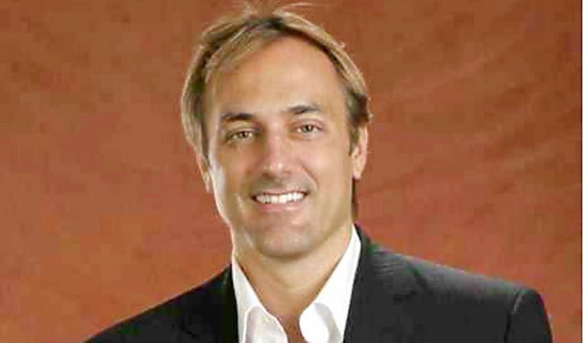 Joseph Nunes, un adjunct che studia le industrie culturali